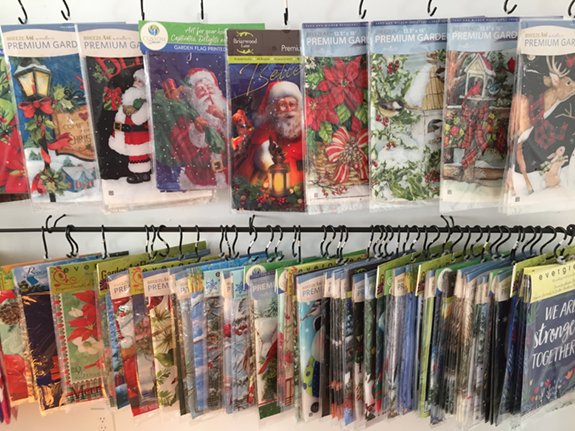The Backyard Naturalist has the best selection of Holiday Garden and House Flags, Doormats and Mail Box Covers in the DC Metro, Suburban Maryland area.