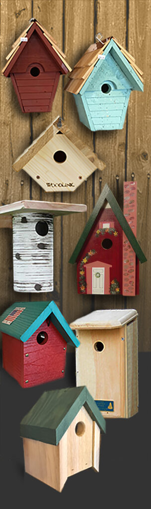 The Backyard Naturalist has the right bird house for you and your backyard birds.