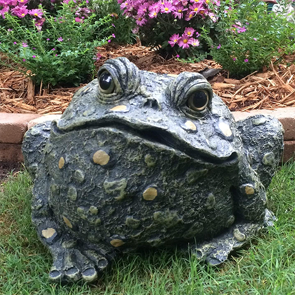 The Backyard Naturalist has Toad Hollow's garden statuary Toads, with whimsical glass eyes!